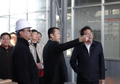 总经理陪同高青杨县长首站视察工作